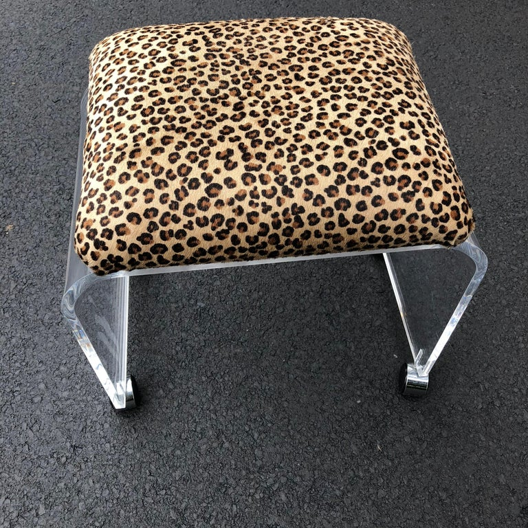 Mid-Century Modern Waterfall Lucite Stool or Bench with Faux Cheetah Fabric For Sale 8