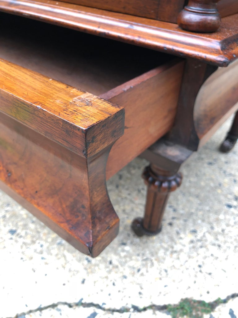 19th Century English Walnut Ètagerè and Music Stand For Sale 9