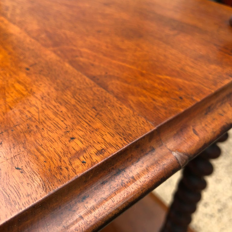 19th Century English Walnut Ètagerè and Music Stand For Sale 12