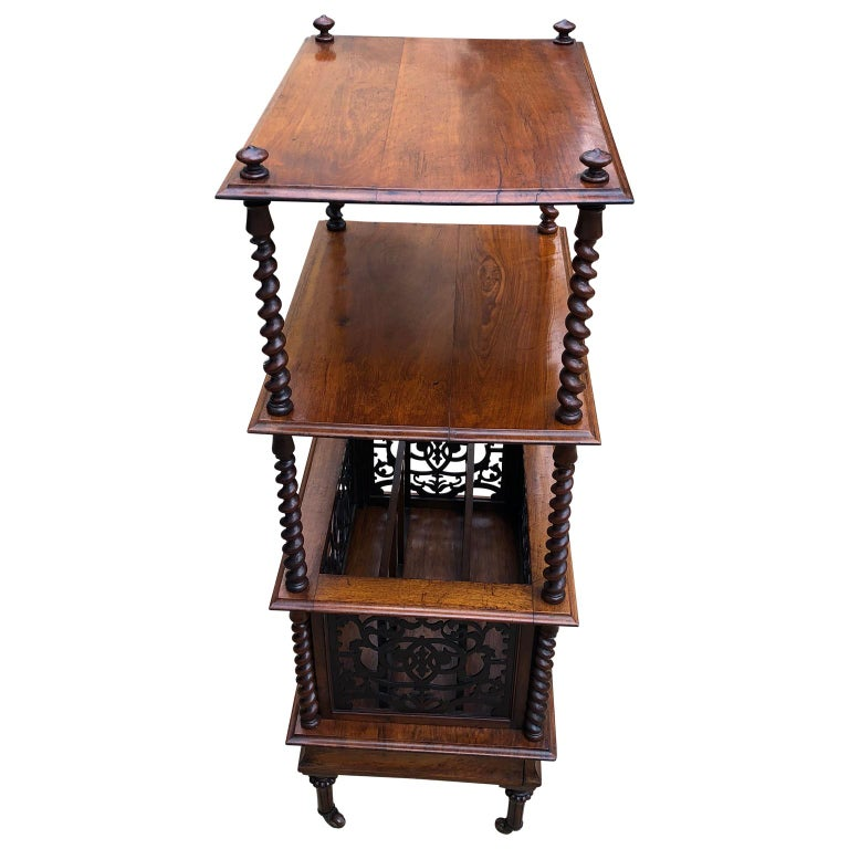 19th Century English Walnut Ètagerè and Music Stand For Sale 3