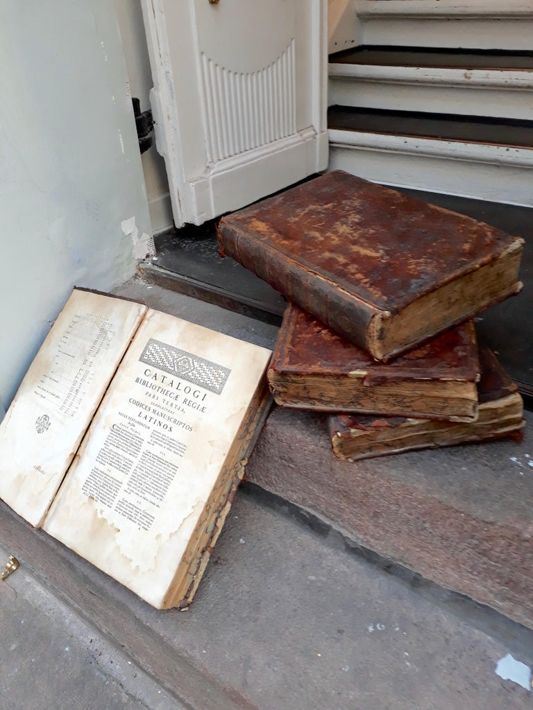 European Set of Four Large Thick, 18th Century Leather-Bound Books for Decoration For Sale