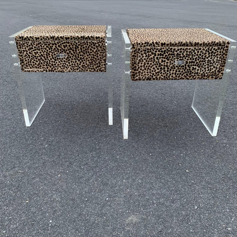 Pair of Faux Cheetah Skin Upholstered Nightstands with Lucite Side Panels For Sale 7