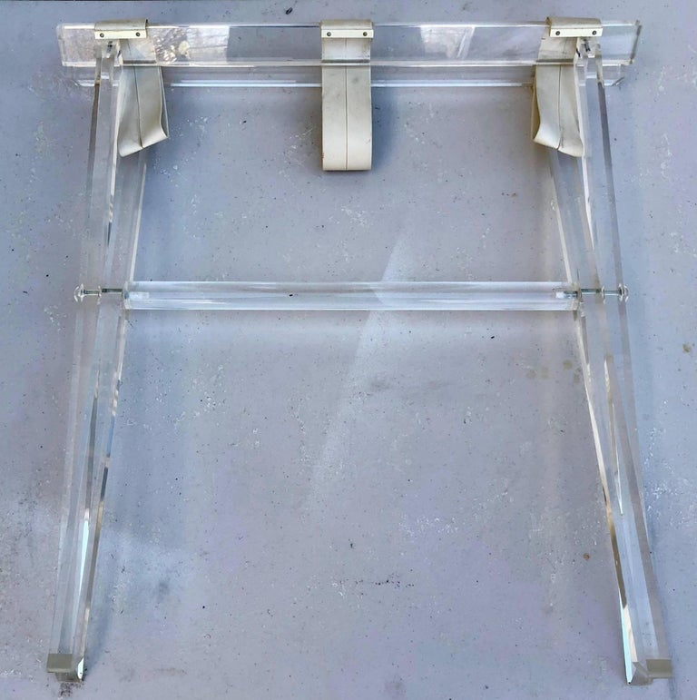 Vintage Hollywood Regency Lucite Tray Table or Luggage Rack For Sale 7