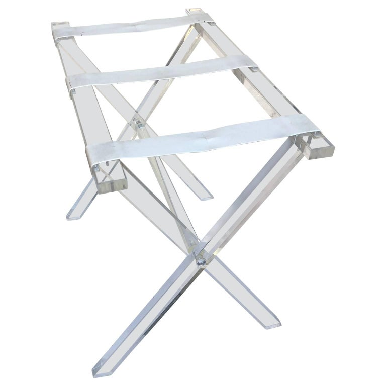 Vintage Hollywood Regency Lucite Tray Table or Luggage Rack In Good Condition For Sale In Haddonfield, NJ