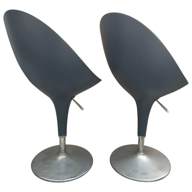 Mid-Century Modern Pair of Modern Italian Chairs by Stefano Giovannoni For Sale