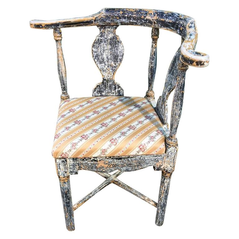 Carved Pair of Swedish Gustavian Corner Armchairs For Sale