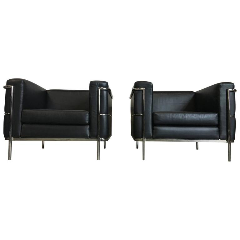 American Modern Pair of Lounge Chairs by Jack Cartwright In Black Leather For Sale