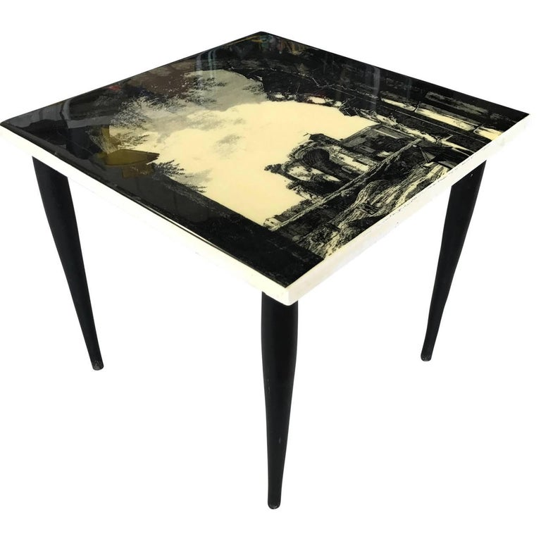 Small Italian Mid-Century Modern Side Table, 1950s For Sale