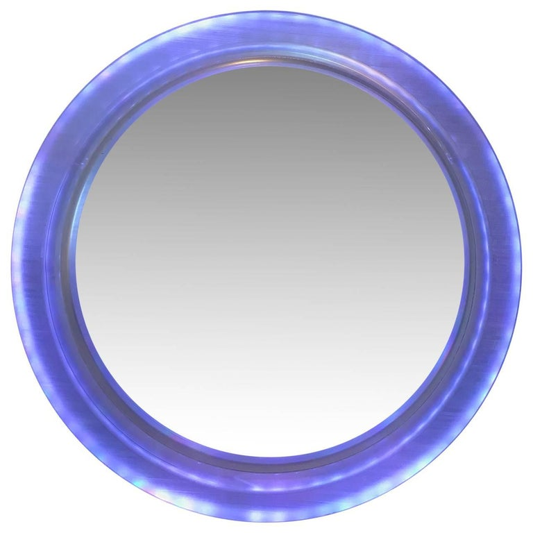 20th Century Pair of Large Modern Lucite Round Mirrors For Sale