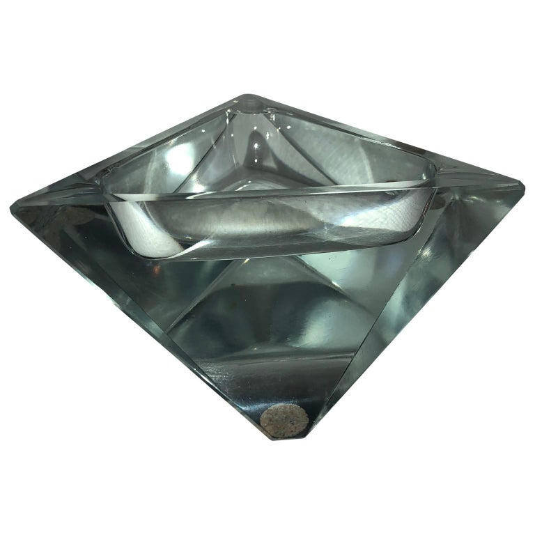 1950s Art Deco Baccarat heavy crystal ashtray, in the shape of a star.