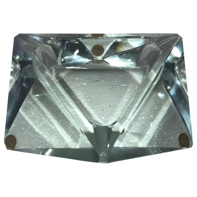 Large Art Deco Baccarat Faceted Crystal Star-of David Ashtray For Sale 1