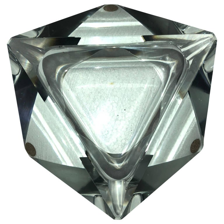 French Large Art Deco Baccarat Faceted Crystal Star-of David Ashtray For Sale