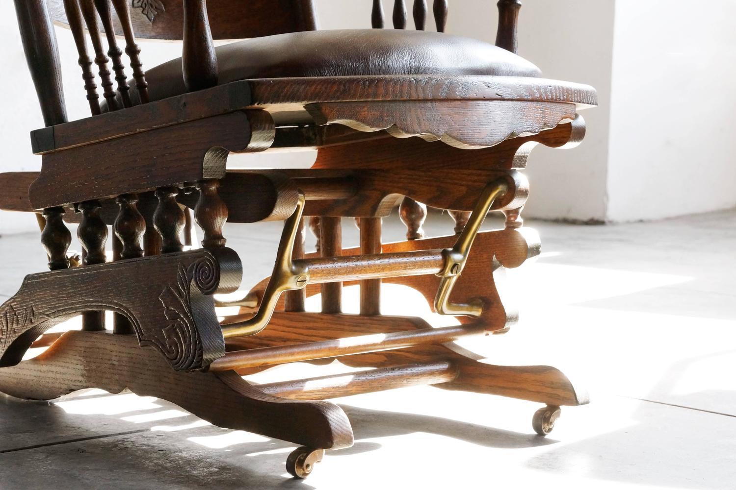 19th Century Victorian Platform Glider In Oak And Brass At