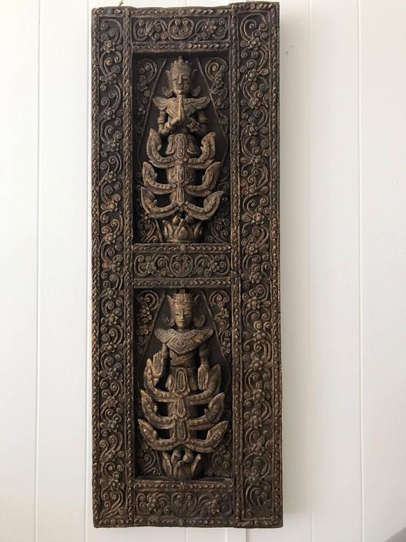 A Pair of Antique Architectural Window panels from Thailand In Good Condition For Sale In North Miami, FL