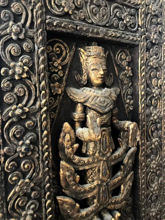A Pair of Antique Architectural Window panels from Thailand For Sale 1