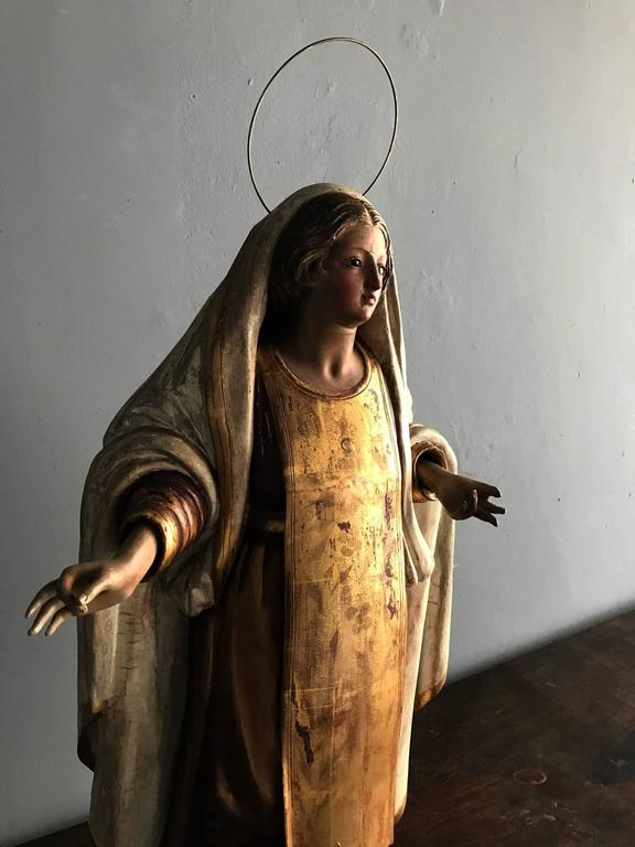 Antique Spanish Colonial Statue Santo Madonna For Sale 1