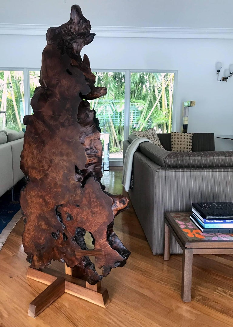 Rare Redwood Tsuitate Floor Screen by Mira Nakashima In Good Condition For Sale In North Miami, FL