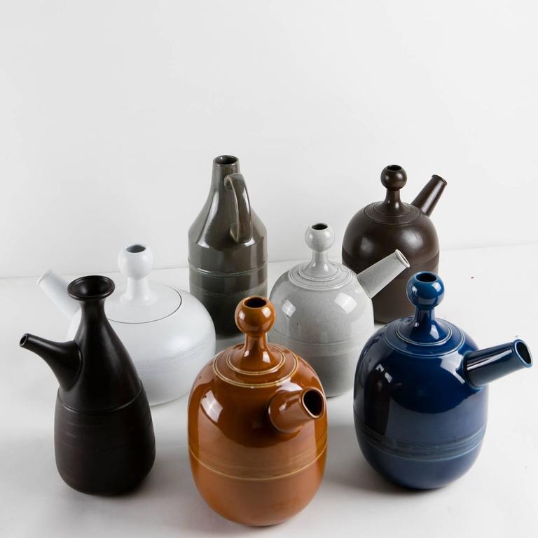 Unique Set of Seven Ceramic Carafes by Ambrogio Pozzi for Pozzi In Excellent Condition For Sale In Milan, IT