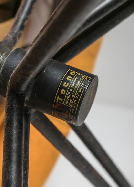 "Set of Two ""P32"" Lounge Chairs by Osvaldo Borsani for Tecno 7"