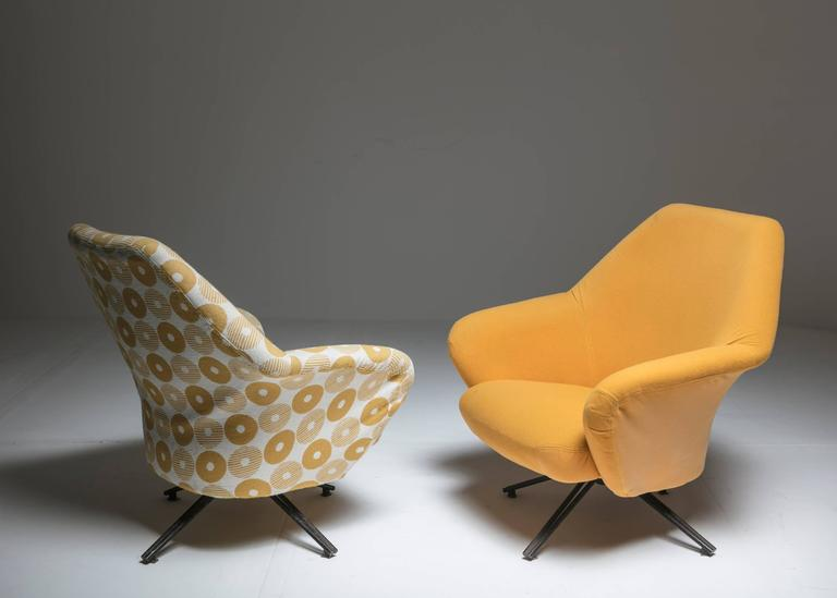 "Mid-Century Modern Set of Two ""P32"" Lounge Chairs by Osvaldo Borsani for Tecno For Sale"