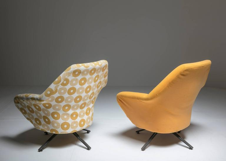"Italian Set of Two ""P32"" Lounge Chairs by Osvaldo Borsani for Tecno For Sale"