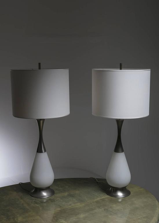 Mid-Century Modern Marvellous Pair of Stilnovo Table Lamps For Sale