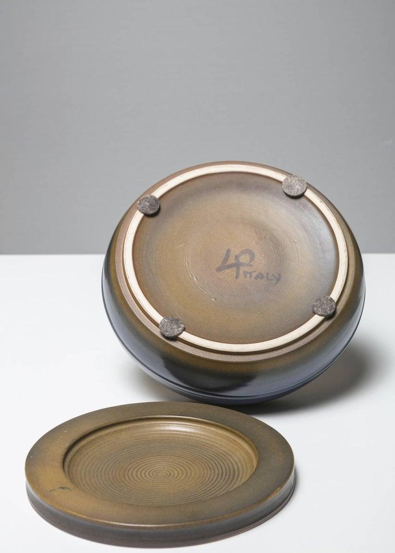 Mid-Century Modern Ceramic Box by Franco Bucci for Laboratorio Pesaro For Sale
