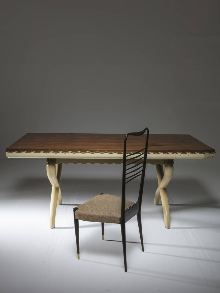 Italian, 1930s Table in the Style of Tomaso Buzzi In Fair Condition For Sale In Milan, IT