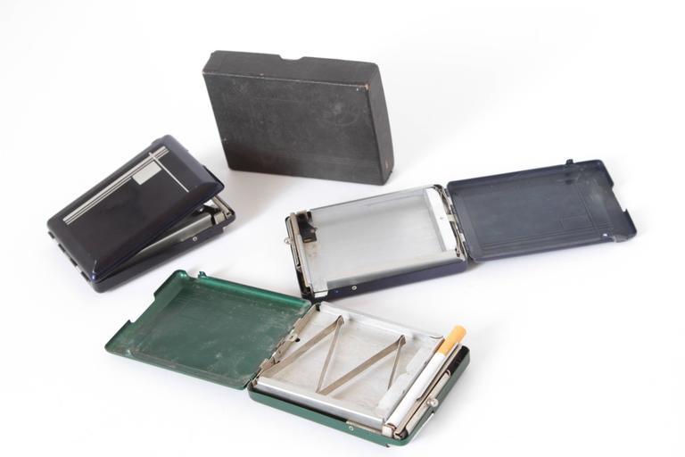 Machine Age Art Deco Magic Case Automatic Cigarette Case and Lighter In Good Condition For Sale In Dallas, TX