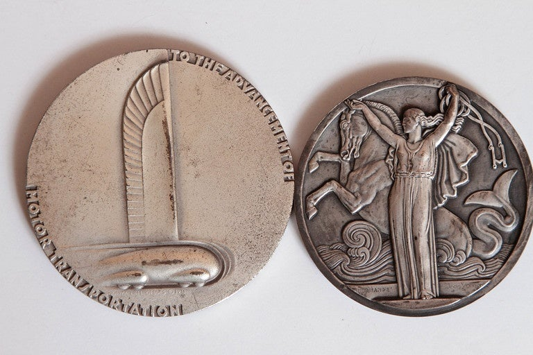 Collection Original Iconic Mixed-Metal Art Deco Medallions For Sale 4
