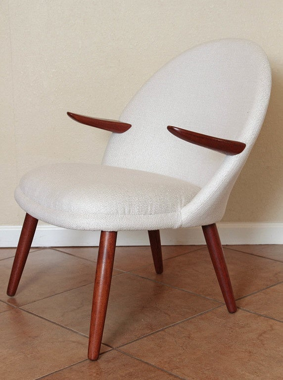 Unknown Mid-Century Modern Danish Style Armchair Vintage Restored  Mid Century For Sale