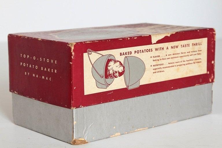 Art Deco Machine Age Potato Baker, Raymond Barton for Na - Mac In Good Condition For Sale In Dallas, TX
