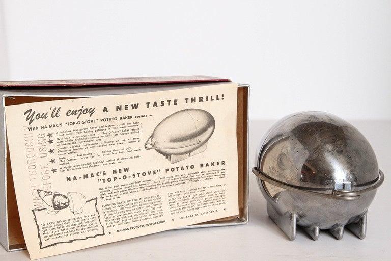 Art Deco Machine Age Potato Baker, Raymond Barton for Na - Mac For Sale 3