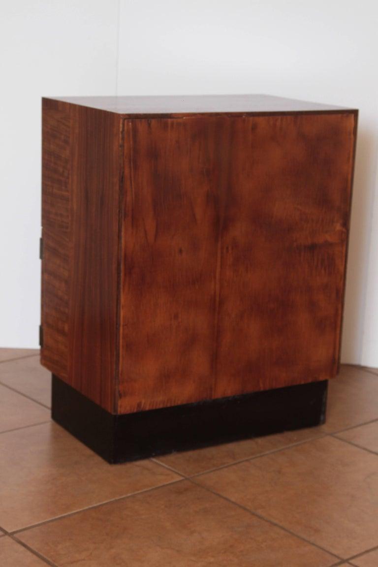 Art Deco Machine Age Gilbert Rohde Herman Miller, 1934 East India Laurel Cabinet For Sale 1