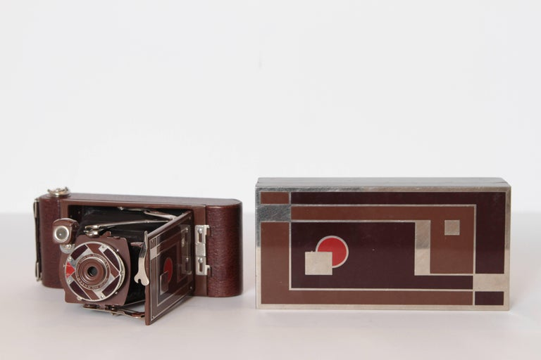 Enameled Machine Age Art Deco Walter Dorwin Teague Kodak Gift 1A Camera with Case For Sale