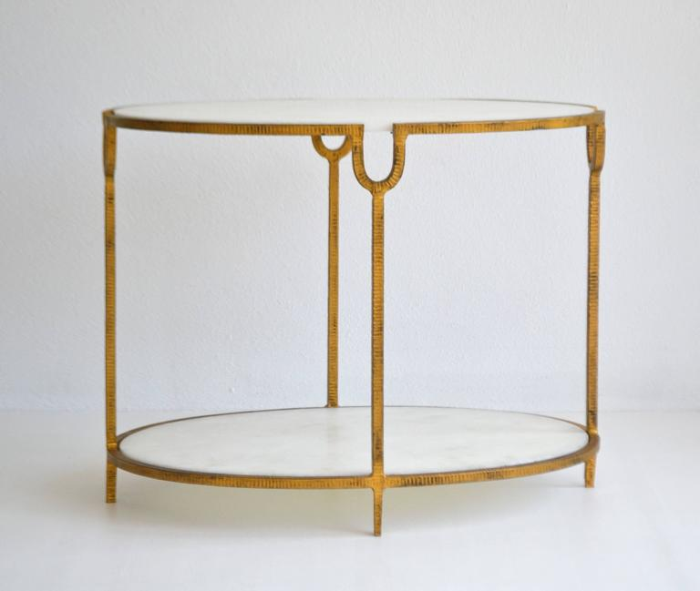 Hollywood Regency Gilt Metal Side Table In Excellent Condition For Sale In West Palm Beach, FL