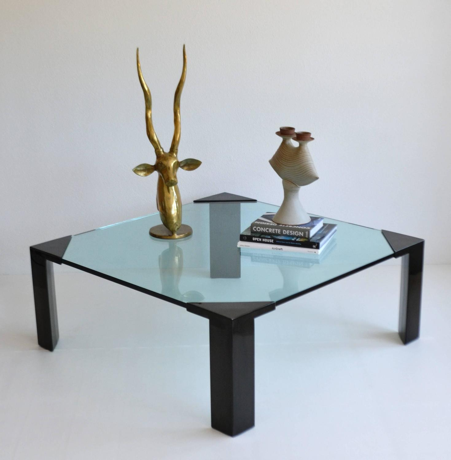 Post Modern Coffee Tables: Post-Modern Cocktail/Coffee Table For Sale At 1stdibs