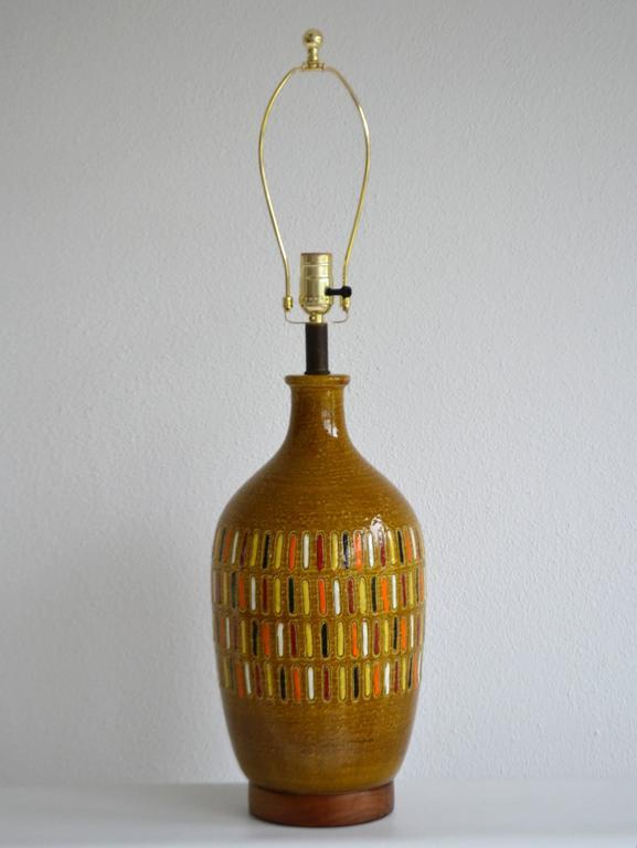 Mid-Century Modern Midcentury Italian Ceramic Table Lamp For Sale