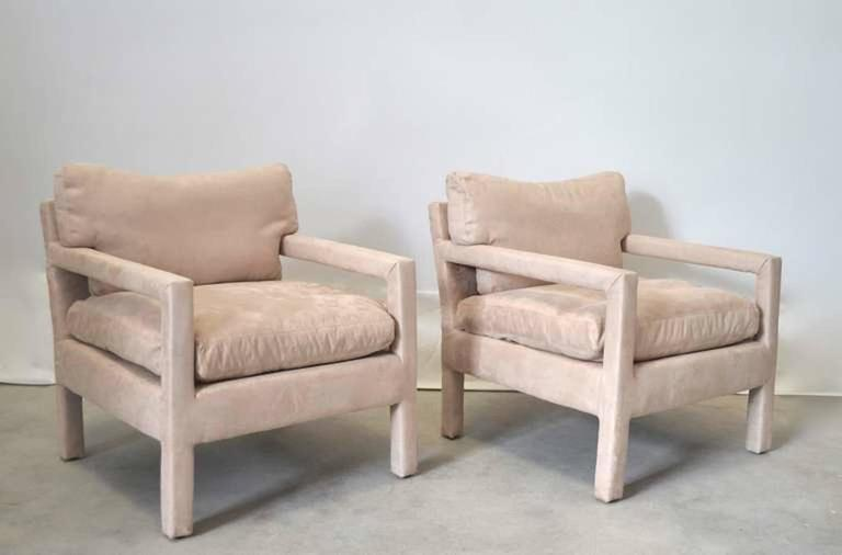 Pair of Mid-Century Parsons Style Club Chairs In Excellent Condition For Sale In West Palm Beach, FL