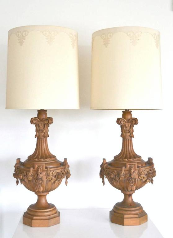 pair of hollywood regency carved wooden urn form table lamps by marbro. Black Bedroom Furniture Sets. Home Design Ideas