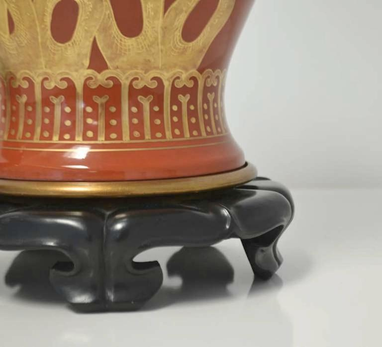 Wood Pair of Hollywood Regency Ceramic Jar Form Table Lamps For Sale