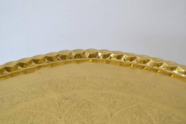 Mid-Century Round Brass Tray Top Coffee Table In Excellent Condition For Sale In West Palm Beach, FL
