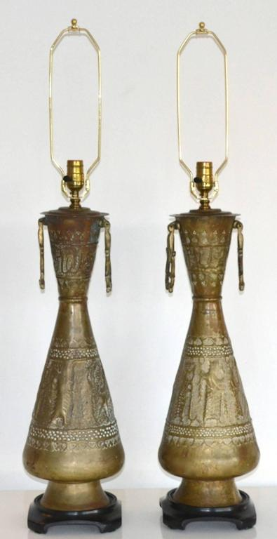 Mid-Century Modern Pair of Mid-Century Brass Table Lamps For Sale