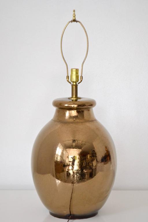 American Mid-Century Gilt Crackle Glazed Ceramic Jar Form Table Lamp For Sale
