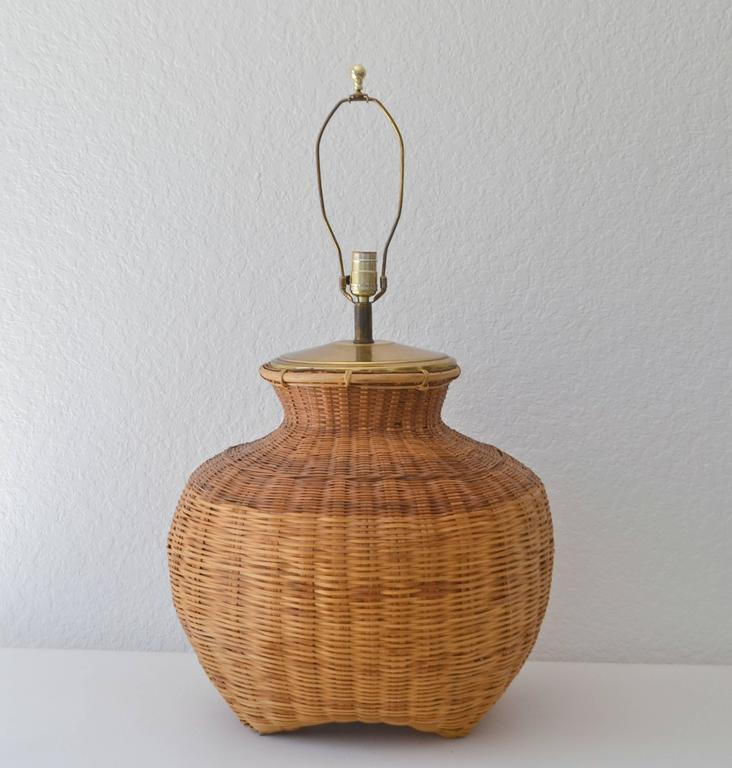 Mid-Century Modern Mid-Century Woven Rattan Basket Form Table Lamp For Sale