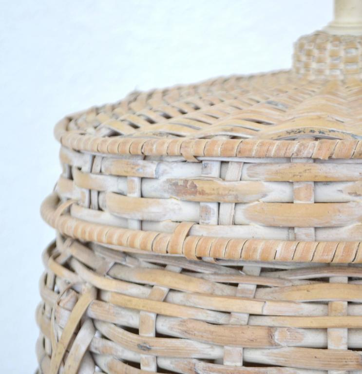 North American Mid-Century Whitewashed Woven Rattan Basket Form Table Lamp For Sale