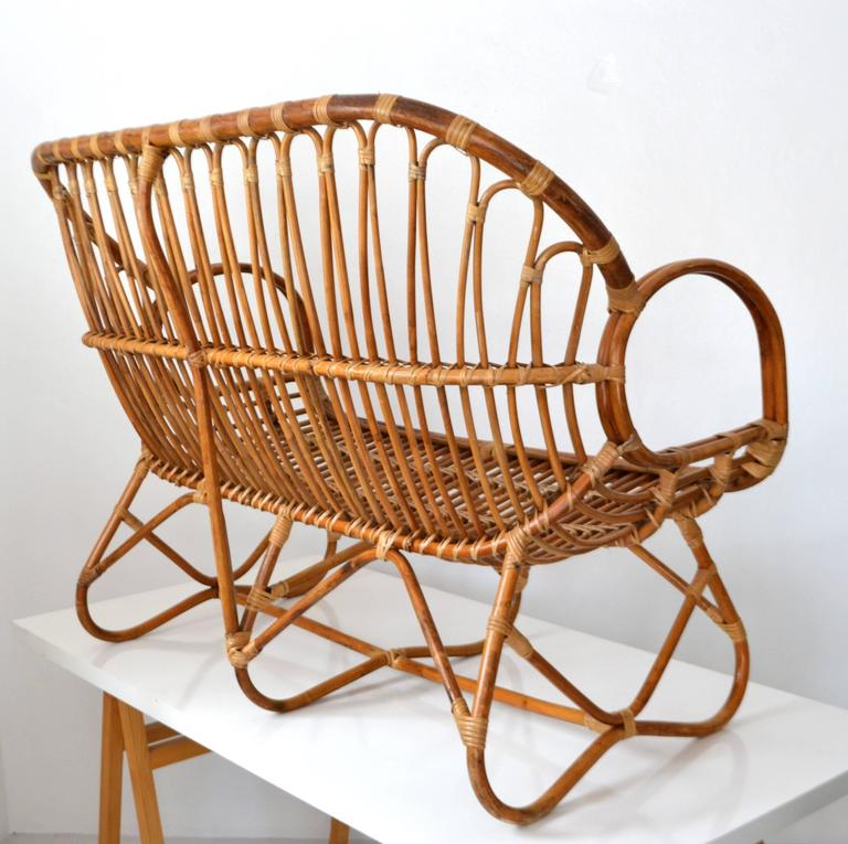 Mid-Century Sculptural Bent Bamboo Settee In Excellent Condition For Sale In West Palm Beach, FL