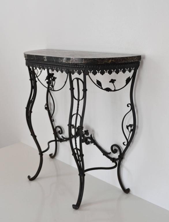 Mid-20th Century Hollywood Regency Style Italian Wrought Iron Console Table with Marble Top For Sale