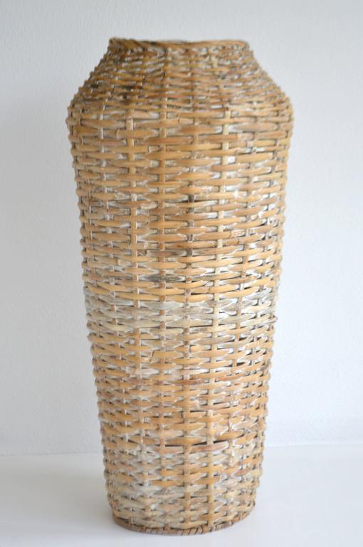 Sculptural Whitewashed Woven Rattan Basket In Good Condition For Sale In West Palm Beach, FL