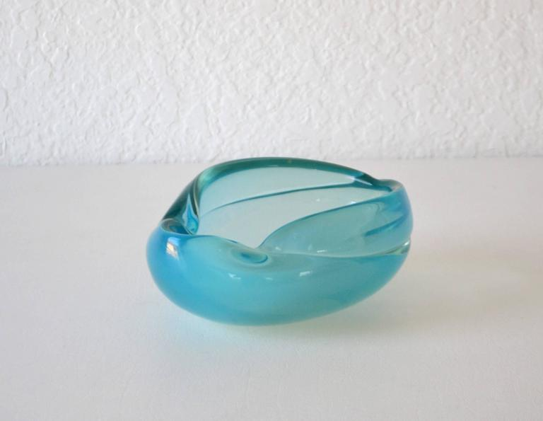 Mid-20th Century Mid-Century Italian Blown Glass Bowl For Sale